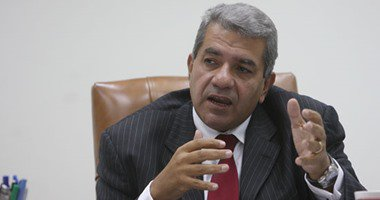 """وزير المالية: تطبيق """"القيمة المضافة"""" أول أكتوبر حال موافقة البرلمان…"""