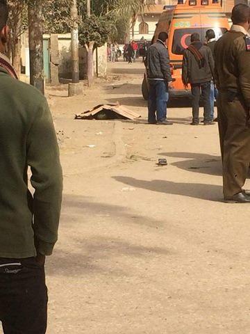بالصور مقتل ثلاث أشخاص أمام محكمة مركز ديروط