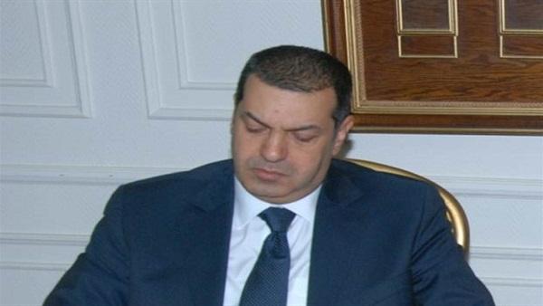 أنتحار عامل بسبب وعود محافظ أسيوط الفشنك
