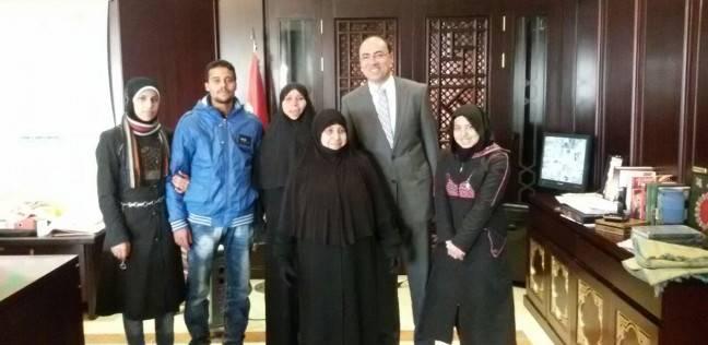 السفارة المصرية تجلي عائلتين من منطقة الاشتباكات في  حلب