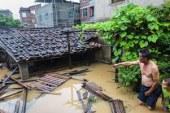 12 قتيل وتعليق الرأحلات الجوية  فى فيضانات جنوب تايلاند