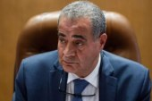 وزير التموين يعترف: وزن رغيف الخبز أقل من الرسمي