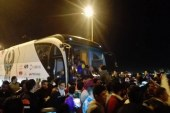 استقبال حافل بالهتاف والشماريخ للاعبى المصرى ببورسعيد