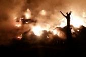 15سيارة إطفاء تسيطر على حريق فى شونة قش أرز بالقليوبية
