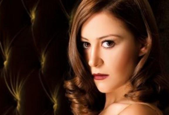"""فوز إلهام شاهين ومنة شلبى مناصفة بجائزة أفضل ممثلة بـ""""الكاثوليكى للسينما"""""""