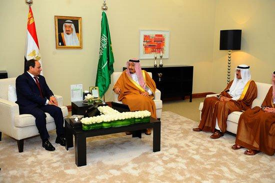 السيسى يتسلم دعوة لحضور القمة العربية الإسلامية الأمريكية بالسعودية