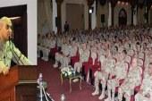 """وزير الدفاع يلتقي قادة """"المنطقة المركزية"""" ويشدد على اقتلاع الإرهاب"""