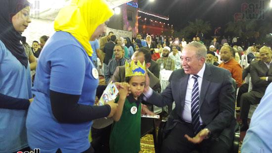 محافظ البحر الأحمر يحضر احتفال مركز دولفين بيوم التوحد