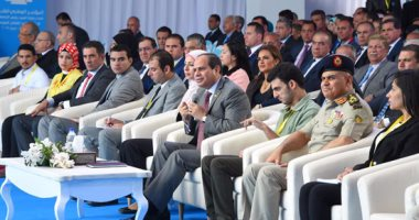 """السيسي: """"مصير مصر في يد شعبها"""""""
