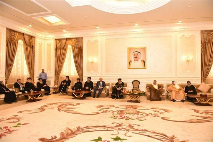 أمير الكويت يقيم مأدبة غداء على شرف أبو مازن بحضور البابا تواضروس