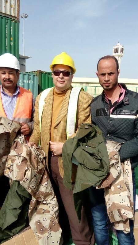 """إحباط تهريب 1320 """"أفرول"""" ملابس عسكرية بميناء شرق بورسعيد"""