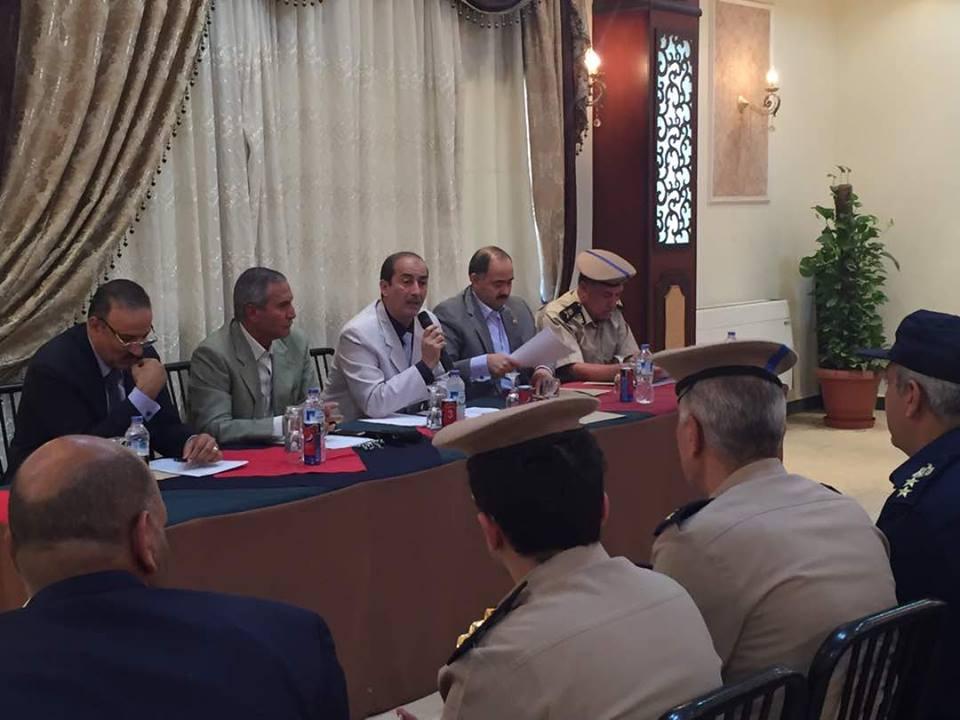 مساعد وزير الداخلية لوسط الصعيد ينظر أستعدادات أمتحانات الثانوية العامة لمحافظة سوهاج