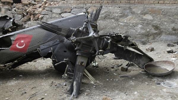 """تحطم مروحية عسكرية تركية في """"شرناق"""""""