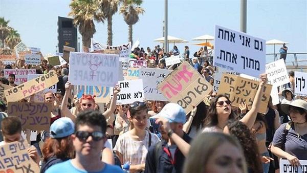 مظاهرة لعاهرات إسرائيل للمطالبة بحمايتهن من النصب