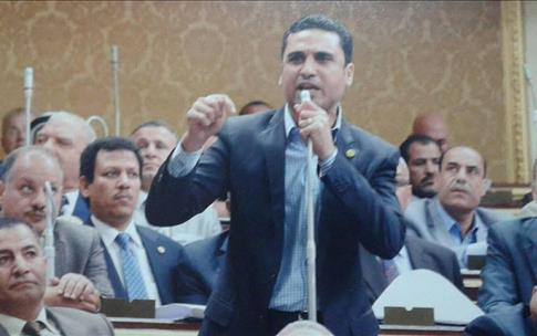 النائب مرتضي العربي يعلن أستقالته من مجلس النواب أعتراضا علي سياسات المجلس