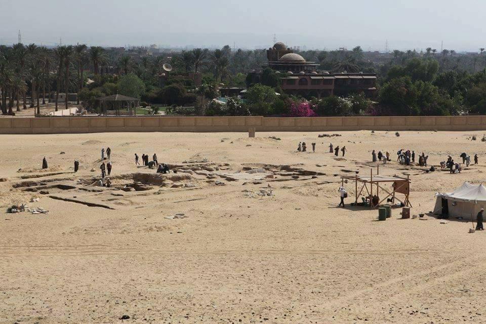 اكتشاف بقايا معبد للملك رمسيس الثاني