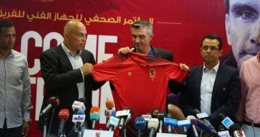 محمد يوسف: لا توجد نية لبيع أى لاعب فى الأهلى