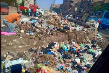 شبرا الخيمة تغرق في القمامة والحي نايم