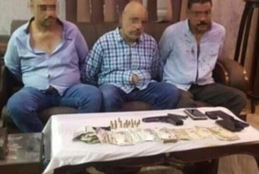 القبض على ٣ من اسيوط ببيع أثار بالقاهرة