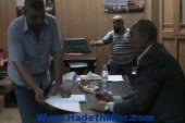 خلال الإجتماع الأسبوعى بالمواطنين …  محافظ البحر الأحمر : تم الحصول على موافقة وزير الإسكان لبناء 3000 وحدة