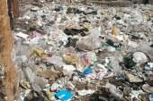 """""""أكوام القمامة"""" تحاصر أسيوط"""