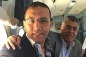 خالد صلاح فى جولة بالهليكوبتر من فوق قناة السويس