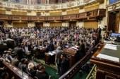 النواب يتركون جلسة التعديل الوزاري للحديث مع إسماعيل
