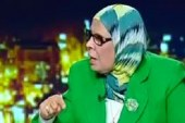 """أمنة نصير تطالب جابر نصار بمنع ارتداء """"البناطيل المقطعة"""" أسوة بالنقاب"""