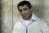 أحمد عز يصل إلى محكمة التجمع الخامس بـ«البدلة البيضاء»