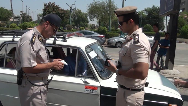 حملات مرورية لضبط المخالفين ومتعاطي المواد المخدرة أثناء القيادة بأسيوط