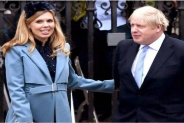 رئيس وزراء بريطانيا يغادر المستشفى ليواصل تعافيه فى مقر الحكومة الريفى.